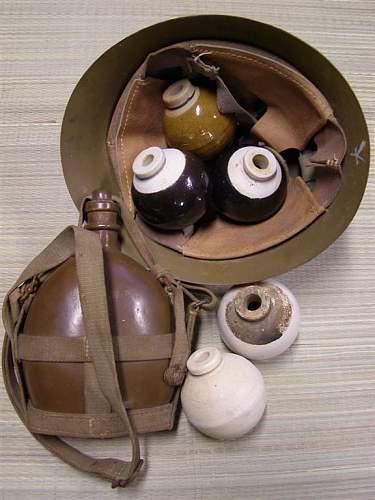 Type 4 ceramic grenade