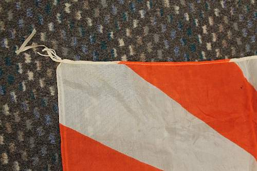 Authenticating a Japanese flag?