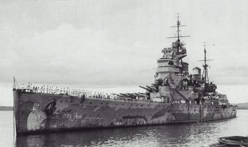 Click image for larger version.  Name:800px-HMS_Prince_Of_Wales_in_Singapore.jpg Views:158 Size:45.6 KB ID:608308