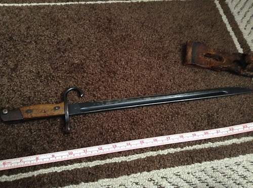 Japanese WW2 bayonet, real or fake? Trainer?