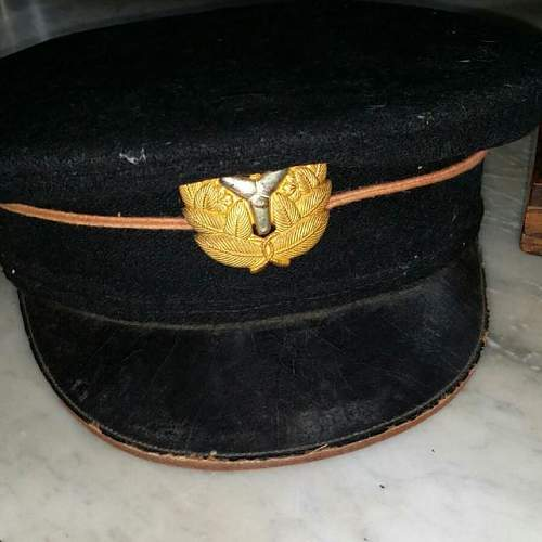 Click image for larger version.  Name:ww2_japanese_officers_cap_1441869929_260c82fb.jpg Views:92 Size:45.9 KB ID:883027