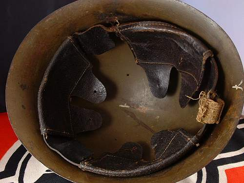 Click image for larger version.  Name:wwii japanese type 90 helmet - h124 - 4.jpg Views:198 Size:147.8 KB ID:895498
