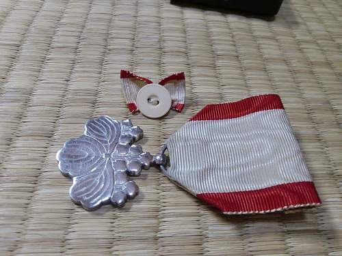 Order of the Rising Sun 8th Class
