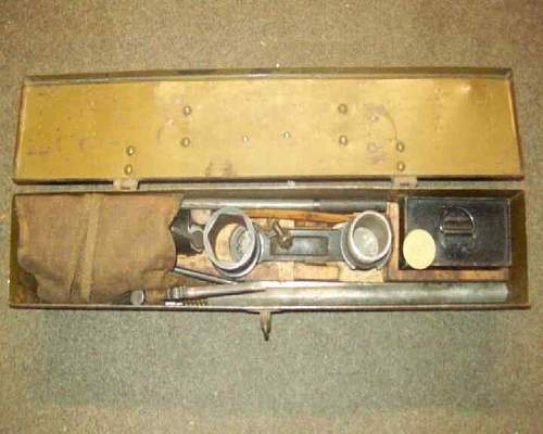 Type 92 H.M.G. box/oil cans