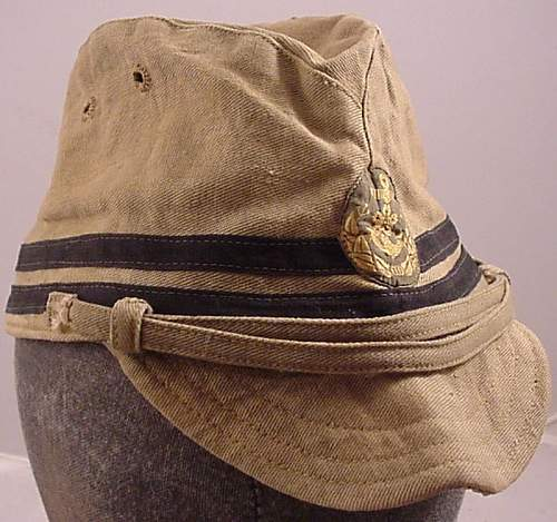 Click image for larger version.  Name:Griffin Officer Cap 2.jpg Views:12 Size:106.1 KB ID:993174