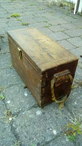 Japanese wooden ammo box, metal lining, what for?