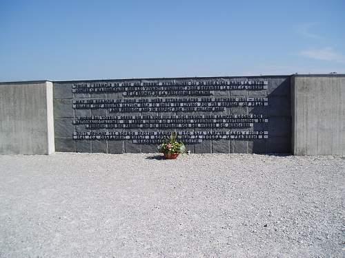 004 Dachau memorial.jpg
