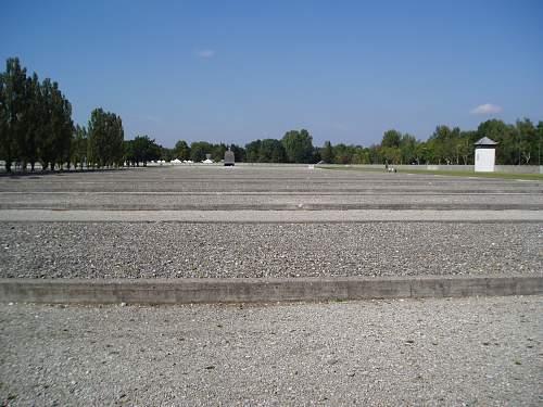 005 Dachau.jpg