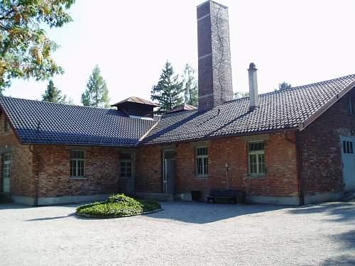 016 Dachau crematorium.jpg