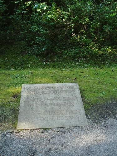 017 Dachau execution area.jpg