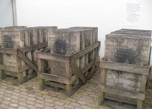 "KL-Herzogenbusch - Execution Site "" Fusilladeplaats"""