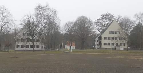 Ravensbrück SS Aufseherinnen 2.jpg