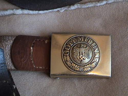 Click image for larger version.  Name:km%20buckle1%20002.jpg Views:85 Size:135.5 KB ID:5183