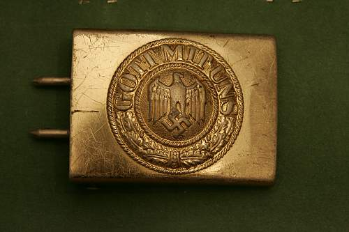 Gold gilded KM buckle?