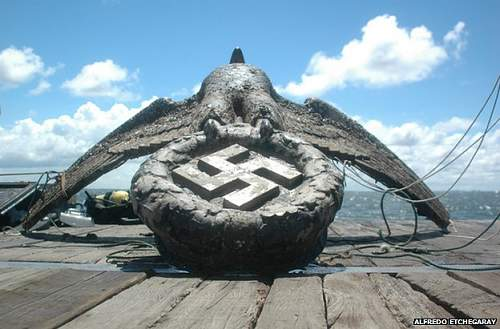 Click image for larger version.  Name:_79722712_graf_spee_aguila_950.jpg Views:158 Size:60.4 KB ID:801213