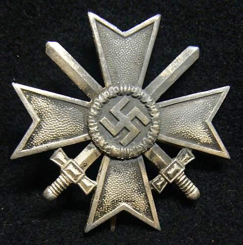 An Interesting Kriegsverdienstkreuz 2.Klasse / 1 Klasse mit Schwertern