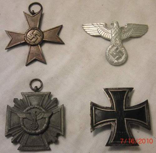 Click image for larger version.  Name:4 medals.jpg Views:250 Size:40.6 KB ID:122614