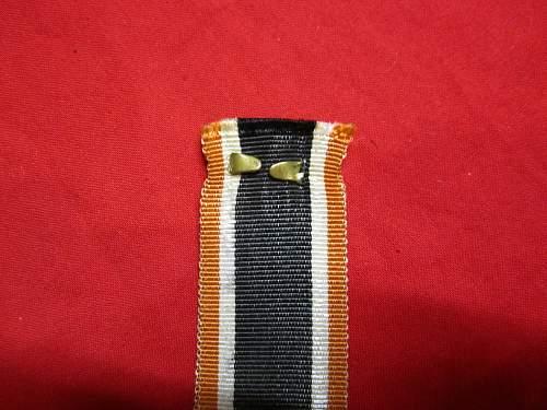 Kriegsverdienstkreuz 2nd class with strange ribbon help please