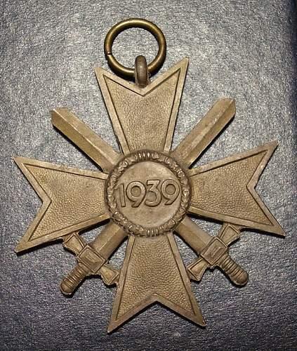 Kriegsverdienstkreuz 2. Klasse. Manufacturer?