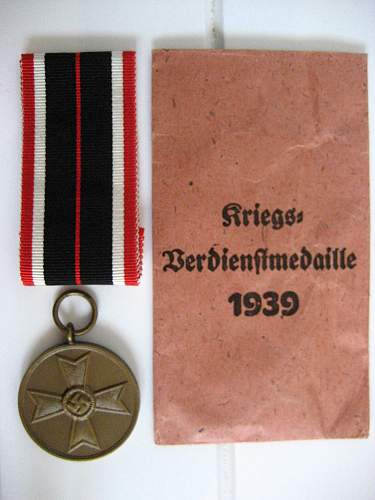 Click image for larger version.  Name:War merit medal.jpg Views:90 Size:255.5 KB ID:145500