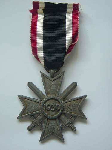 Click image for larger version.  Name:War Merit Cross 2nd class with swords. 002.jpg Views:81 Size:146.1 KB ID:145587