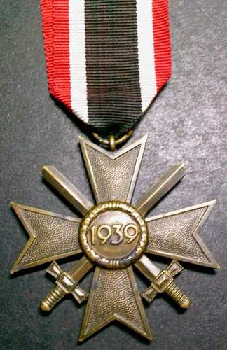 Click image for larger version.  Name:5) Merit Medal with Swords 2nd Class reverse.jpg Views:122 Size:109.6 KB ID:145602