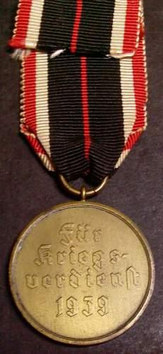 Click image for larger version.  Name:7) KvK Merit Medal 3rd Class rear.jpg Views:75 Size:59.8 KB ID:145604