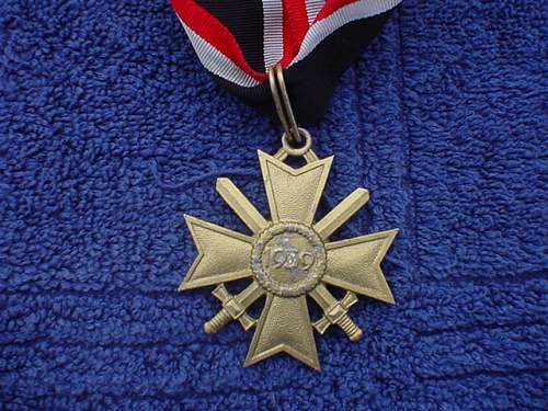 Is this a real Ritterkreuz des Kriegsverdienstkreuzes?