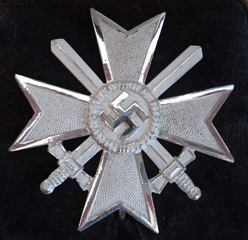 Kriegsverdienstkreuz  1.klasse with swords