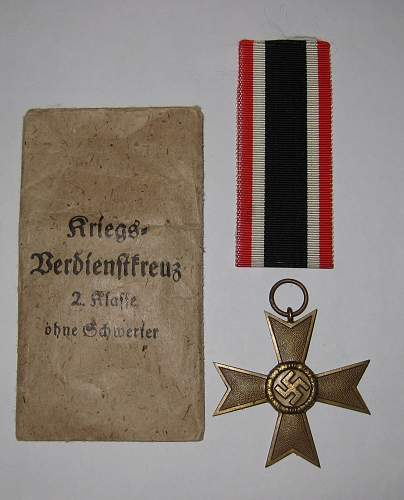 Click image for larger version.  Name:merit cross with ribbon and package.jpg Views:58 Size:250.9 KB ID:251505