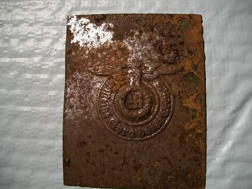 Ritterkreuz des Kriegsverdienstkreuzes mit Schwertern - unstuck - real or fake ?