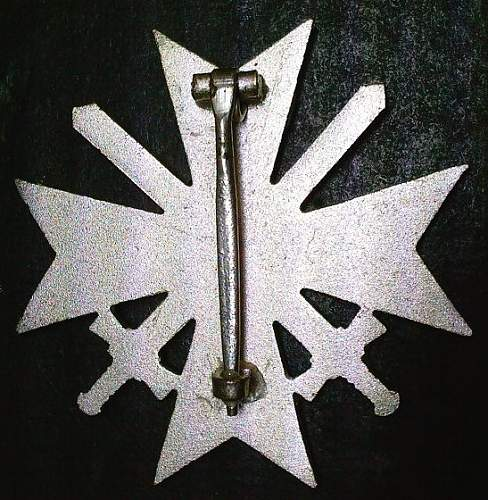 Click image for larger version.  Name:24) KVK w-swords rear.jpg Views:81 Size:101.0 KB ID:349314