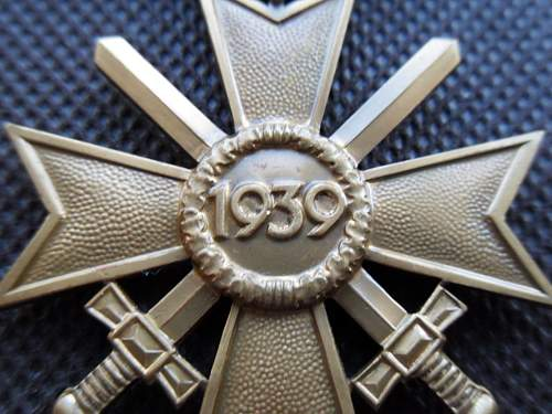 Kriegsverdienstkreuz 2.Klasse - Original or Fake?