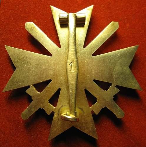 Kriegsverdienst Kreuz 1 Klasse mit Schwertern