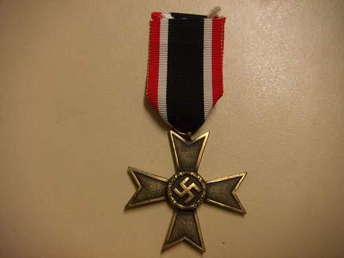 Click image for larger version.  Name:Kriegsverdienstkreuz 2.Klasse ohne Schwerter 1.jpg Views:55 Size:210.5 KB ID:434875
