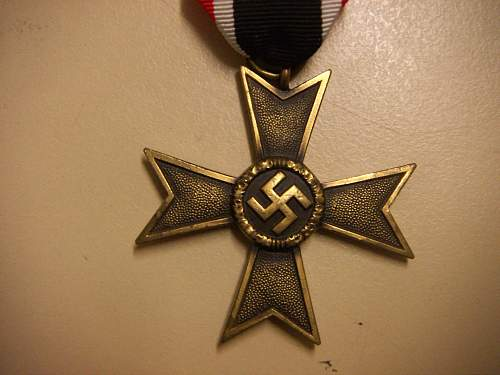 Click image for larger version.  Name:Kriegsverdienstkreuz 2.Klasse ohne Schwerter 2.jpg Views:57 Size:226.7 KB ID:434876