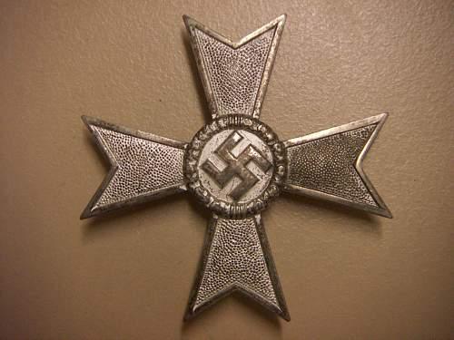 Click image for larger version.  Name:Kriegsverdienstkreuz 1.Klasse ohne Schwerter 50 1.jpg Views:181 Size:277.0 KB ID:435389