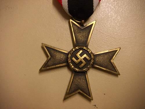 Click image for larger version.  Name:Kriegsverdienstkreuz 2.Klasse ohne Schwerter 2.jpg Views:78 Size:226.7 KB ID:435395