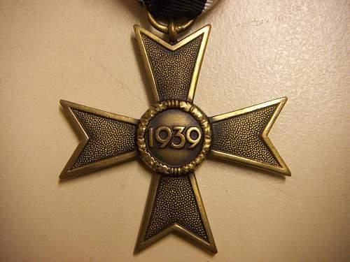 Click image for larger version.  Name:Kriegsverdienstkreuz 2.Klasse ohne Schwerter 3.jpg Views:81 Size:260.0 KB ID:435396