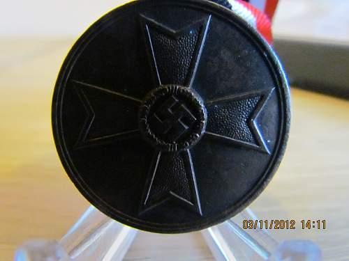 Click image for larger version.  Name:KV Medal (2).jpg Views:42 Size:114.0 KB ID:435430