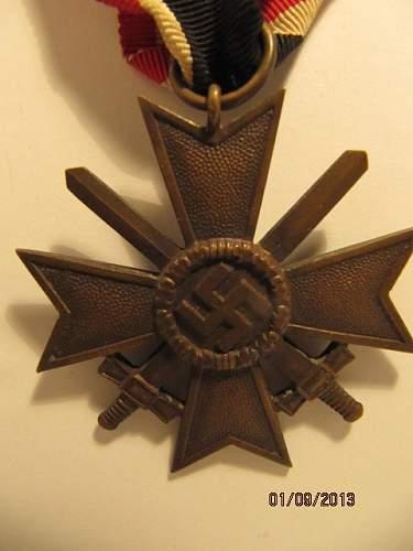 Kriegsverdienstkreuz 2.Klasse mit Schwertern: real or fake lot 2