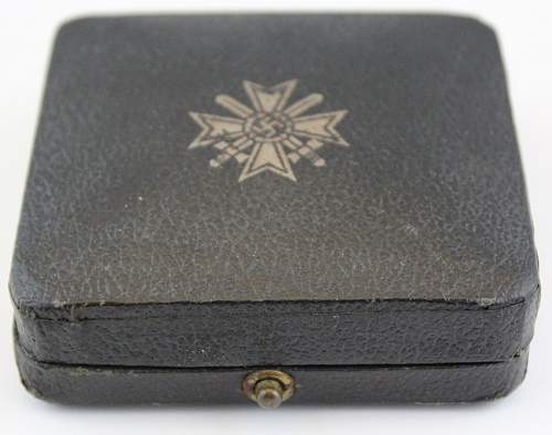 L/11 KVK 1.class without swords set with special case