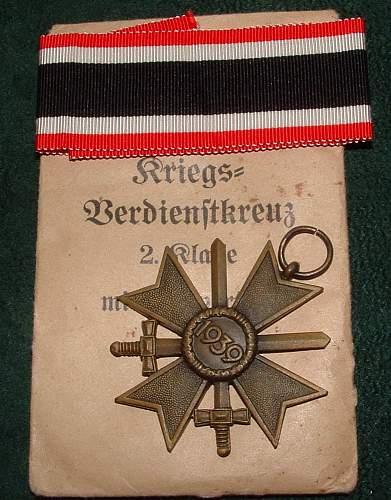 Click image for larger version.  Name:war merit cross w swords (3).JPG Views:1204 Size:167.5 KB ID:54144