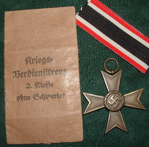 Click image for larger version.  Name:medals (11).jpg Views:109 Size:245.2 KB ID:54145