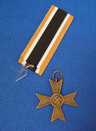 Click image for larger version.  Name:MEDAL3.jpg Views:69 Size:214.3 KB ID:564409