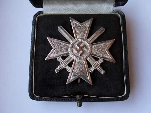 Kriegsverdienstkreuz 1.Klasse mit Schwertern - Share