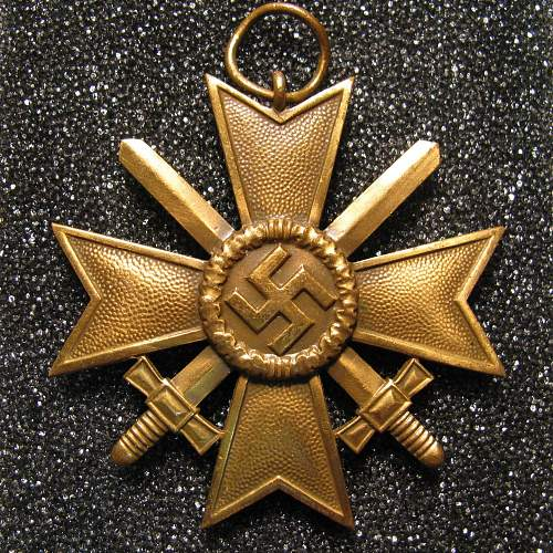 Kriegsverdienstkreuz II.Klasse mit Schwertern - buffed with a vengeance