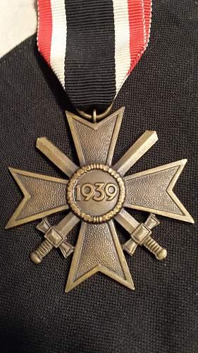 Kriegsverdienstkreuz 2.Klasse Authentic or Garbage?