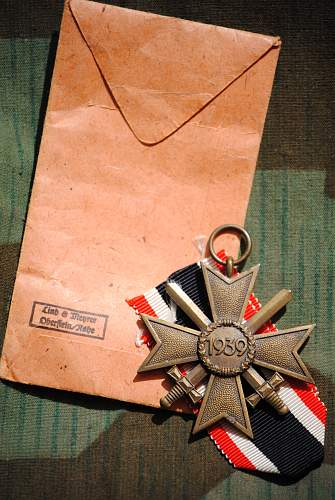Click image for larger version.  Name:robs militaria 040.jpg Views:35 Size:343.9 KB ID:726190