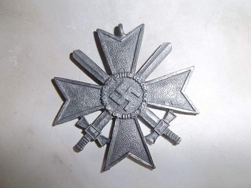 Kriegsverdienstkreuz mit Schwertern II. Klasse   ORIGINAL OR FAKE?
